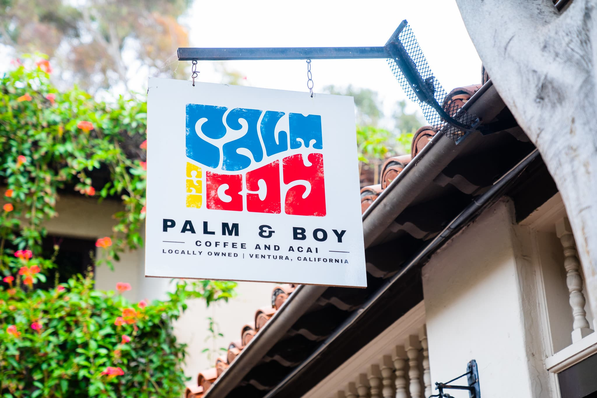 palm & boy coffee and acai