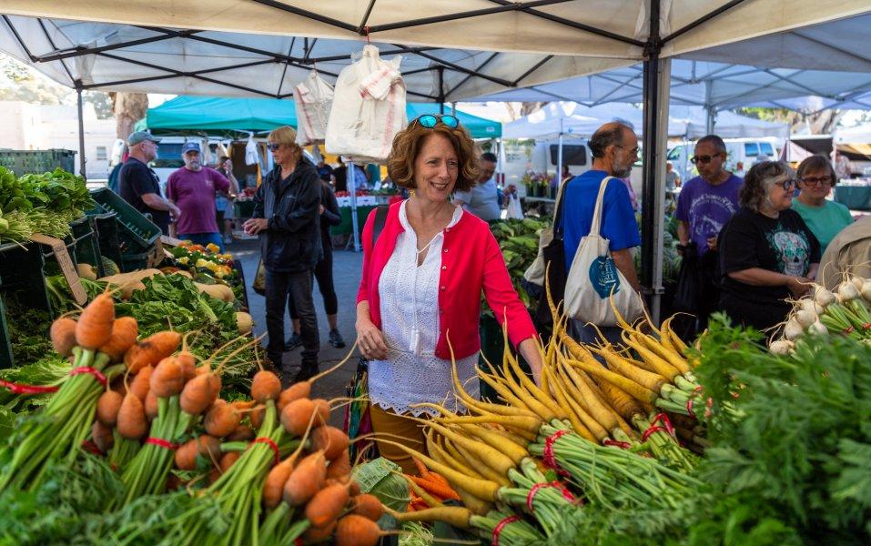 Venturas farmers market
