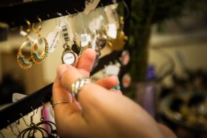 visit ventura boutique and thrift shops downtown main street