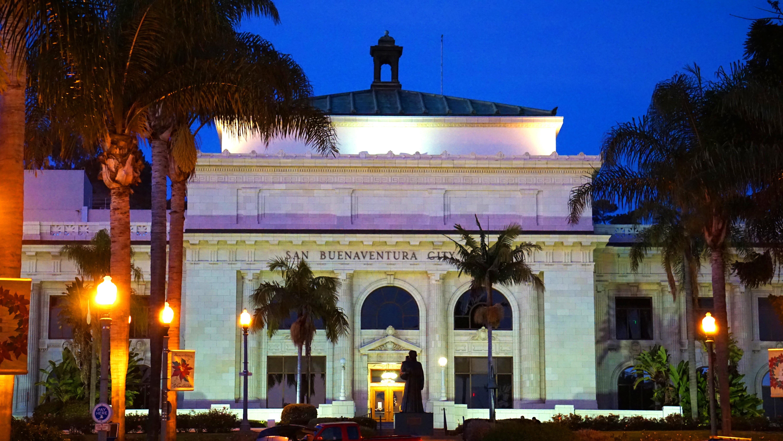 Ventura_city_hall_night_mike_laan