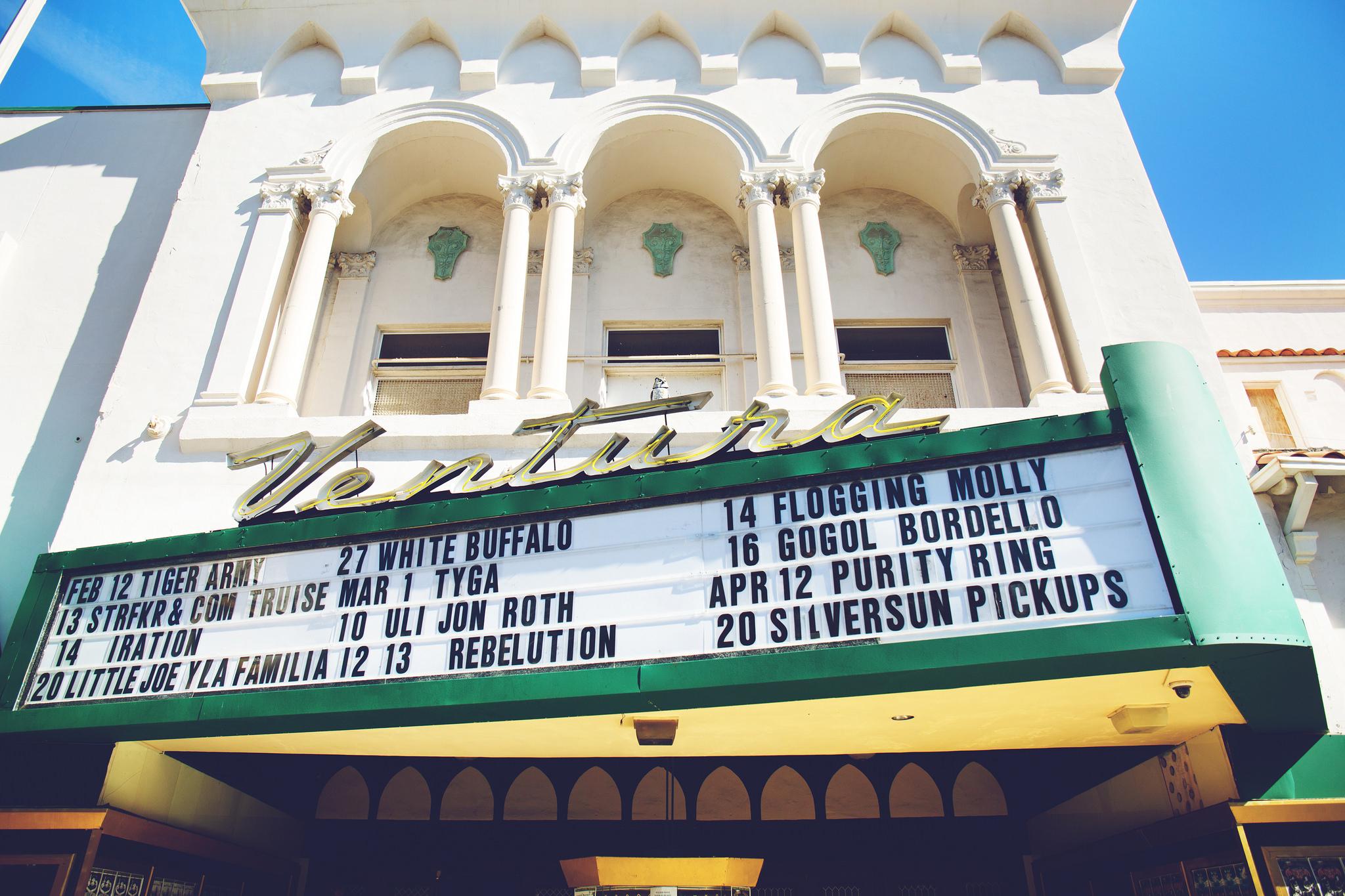 Ventura_Theater_sign