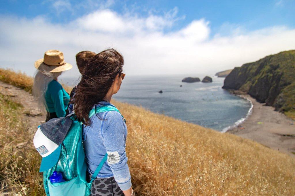 Hiking on santa cruz Islands california