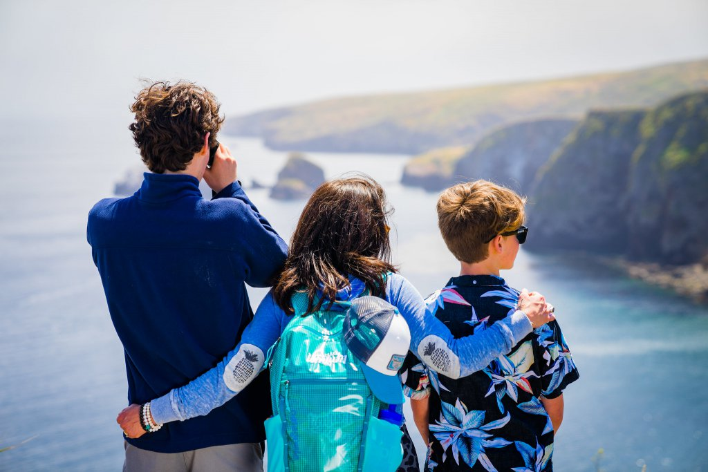 Family looking out at Islands