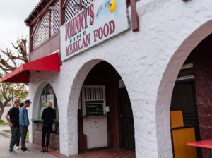 johnnys mexican food restaurant on the avenue
