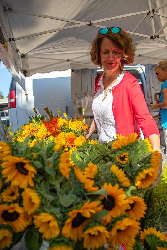 Flowers at the Ventura farmers market