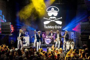 discovery ventura yachtley crew